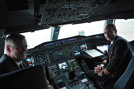 Russische Fluggesellschaften sollen bald ausländische Piloten einstellen dürfen, doch dieser Gesetzentwurf ist umstritten. Foto: RIA Novosti