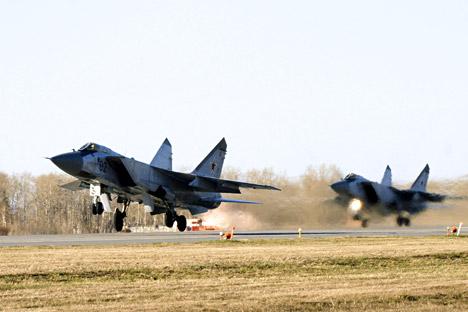 Die MiG-31 kann jegliches Ziel abfangen und zerstören, egal ob tieffliegende Satelliten oder Marschflugkörper. Foto: ITAR-TASS