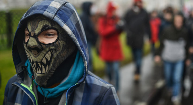 """Teilnehmer des """"Russischen Marsches"""" in Moskau, 2013. Foto: Wladimir Astapkovitsch / RIA Nowosti"""