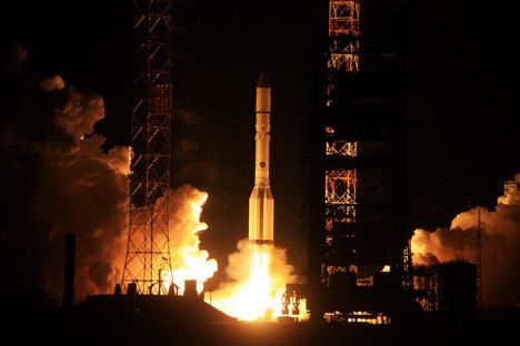 Nach dem Absturz einer Proton-Rakete wird nach der Unfallursache ermittelt. Foto: ITAR-TASS
