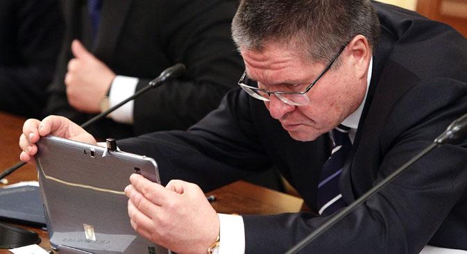 Von offizieller Seite wurden alarmierende Wirtschaftszahlen veröffentlicht. Auf dem Bild: Der russische Minister für Wirtschaftsentwicklung Alexej Uljukajew. Foto: Oleg Prosolow/Rossijskaja Gaseta