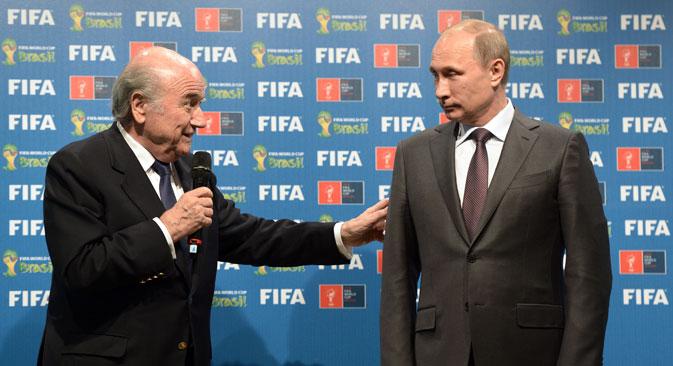 Der Fifa-Präsident Joseph Blatter (links) und der russische Präsident Wladimir Putin. Foto: RIA Novosti