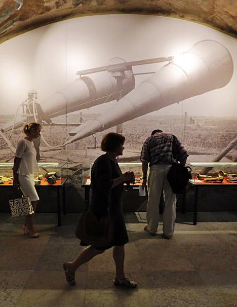 Das Museum zeigt Waffen und teilweise skurril anmutende militärische Alltagsgegenstände. Zum Beispiel Hunde und Pferde mit Gasmasken. Foto: ITAR-TASS