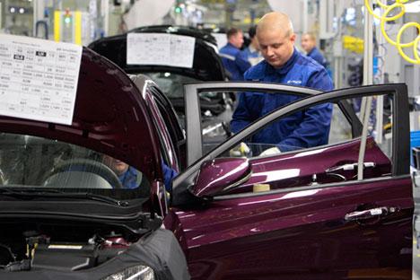 Der russische Markt für Neuwagen schwächelt. Foto: Alexej Danitschew/RIA Novosti