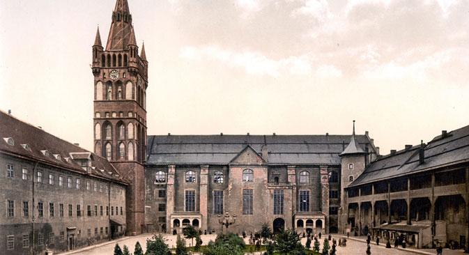 Während des Zweiten Weltkriegs wurde das Königsberger Schloss von den Bombardements der Engländer und dem Sturm der Roten Armee stark in Mitleidenschaft gezogen. Foto: United States Library of Congress