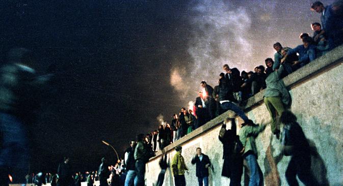 """Der ehemalige BILD-Reporter Peter Brinkmann: """"Unter dem Brandenburger Tor habe ich wie viele andere auch nur vor Freude geweint. Die Diktatur war vorbei."""" Foto: Reuters"""