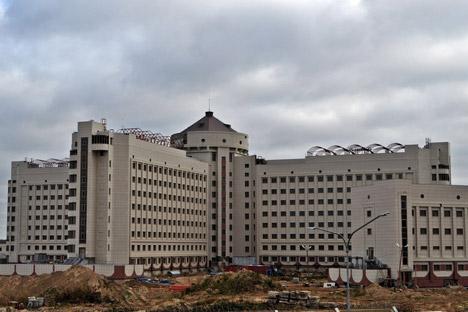 """Kresty-2"" soll das berühmte Sankt Petersburger Gefängnis ""Kresty"" ersetzen. Foto: Marina Starodubzewa"