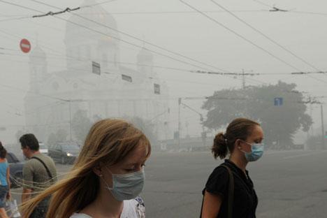 Die Moskauer haben im Sommer 2010 die heftigste Luftverschmutzung überlebt. Foto: Grigori Sysojew/RIA Novosti