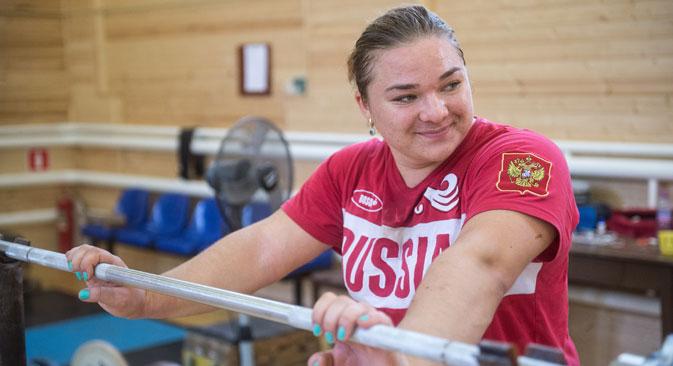 "Tatjana Kaschirinas Trainer: ""Niemand kann so hart trainieren wie sie"".  Foto: Grigori Sysojew/RIA Novosti"
