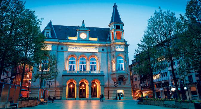 Als Ballsaal hatten die Organisatoren des russischen Balls Neujahr 2014 die prächtigste Location der Hauptstadt ausgewählt: den Cercle Municipal de la Ville de Luxembourg. Foto: Shutterstock/Legion-Media