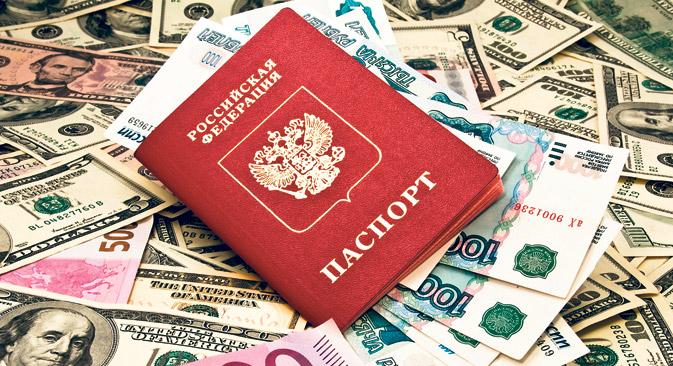 Ein neues Gesetz soll die Kapitalflucht weniger lukrativ machen und Geld für Investi- tionen nach Russland zurückholen. Foto: Shutterstock/Legion-Media