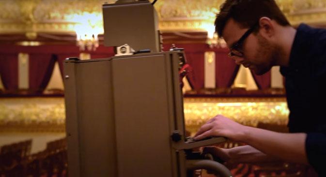 Das Google-Team bei den Dreharbeiten im Bolschoj. Quelle: Yotube