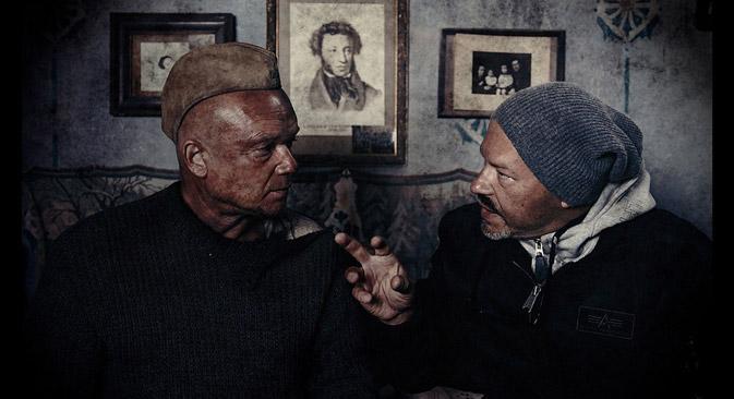"""Dreharbeiten zum russischen Blockbuster """"Stalingrad"""", rechts auf dem Bild Regisseur Fjodor Bondartschuk. Foto: Kinopoisk.ru"""