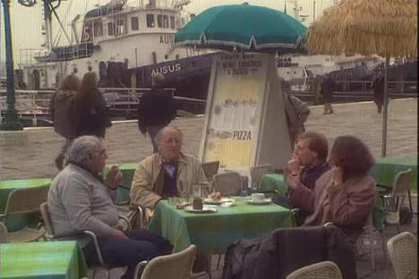 """Eine Szene aus dem Film """"Spaziergänge mit Brodsky"""". Foto: Bildschirmabbild"""