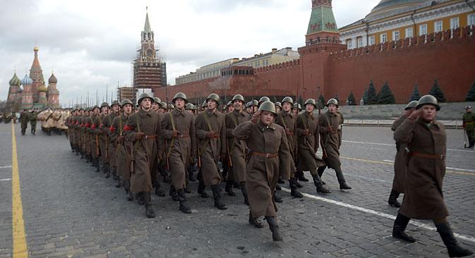 In Russland wird die Erinnerung an den zweiten Weltkrieg gepflegt.  Foto: Grigori Sysojew/RIA Novosti