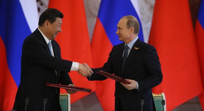 Wladimir Putin und Xi Jinping unterzeichneten am 8. Mai mehrere Abkommen über die wirtschaftliche Kooperation zwischen Russland und China. Foto: Konstantin Sawraschin/Rossijskaja Gaseta