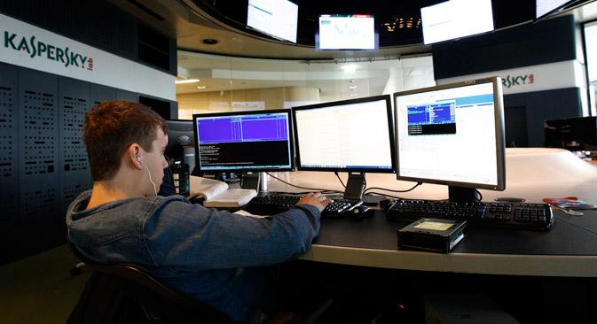 Ein Mitarbeiter des russischen Anti-Malware-System Kaspersky Lab. Foto: Reuters