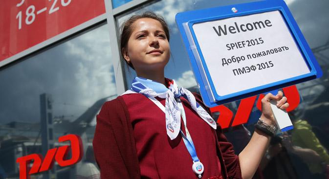 Trotz diplomatischer Eiszeit steigt die Teilnehmerzahl des Petersburger Wirtschaftsforums kontinuierlich. Foto: Wladimir Smirnow/TASS