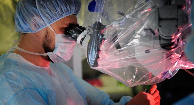 Medizinisches und technisches Personal profitiert von der neuen Regelung. Foto: Jurij Smitjuk/TASS