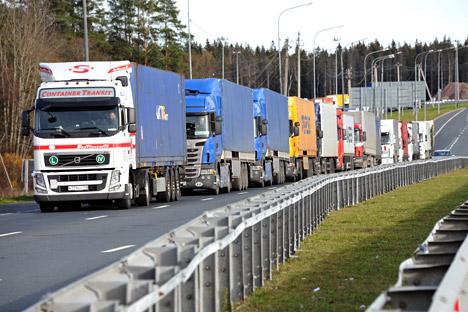 Gütertransporter ab zwölf Tonnen werden bald zur Kasse gebeten.