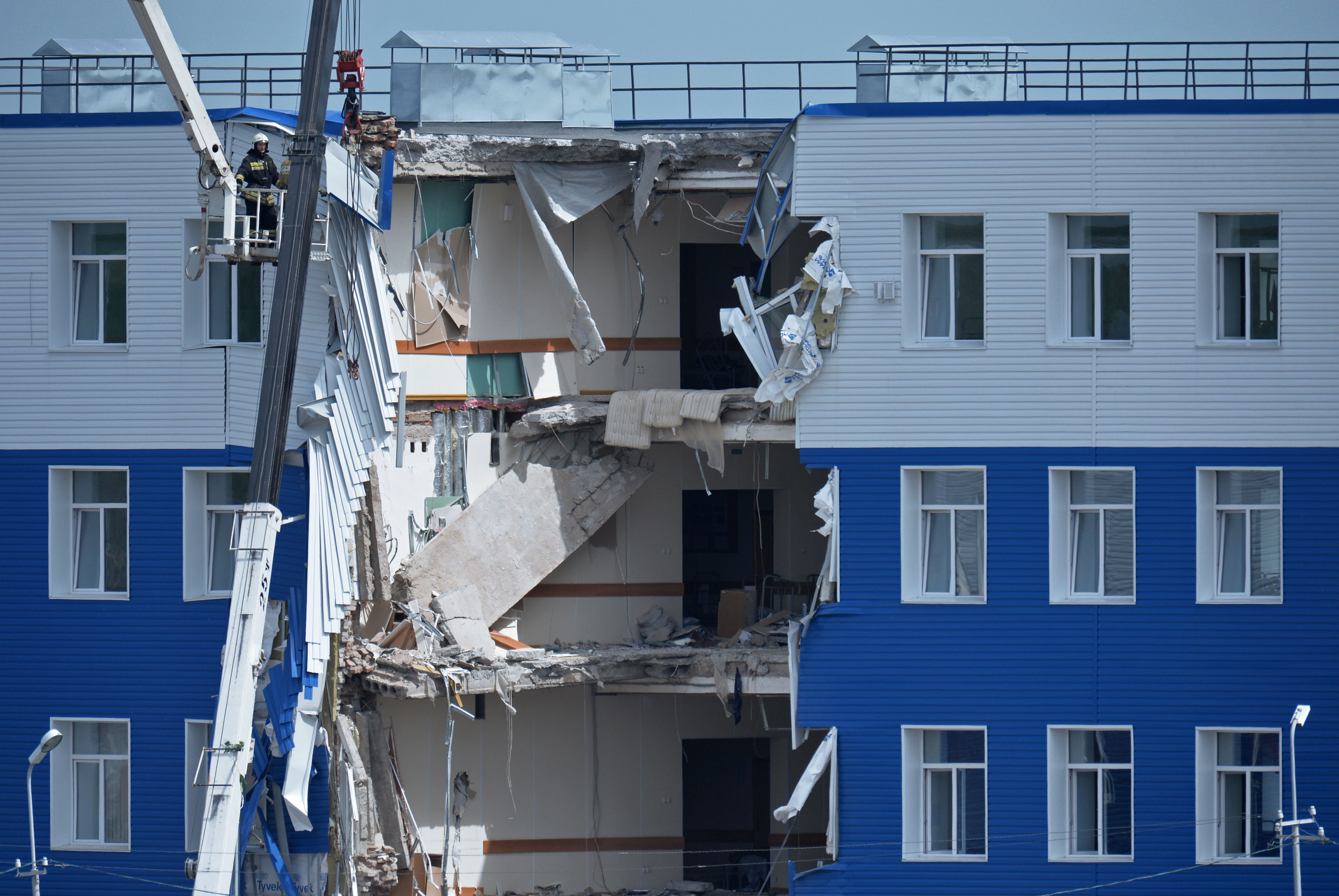 In Omsk starben 23 Soldaten beim Einsturz einer Kaserne.