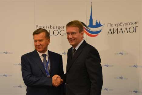 Roland Pofalla und Wiktor Subkow eröffneten am 22. Oktober den 14. Petersburger Dialog in Potsdam.