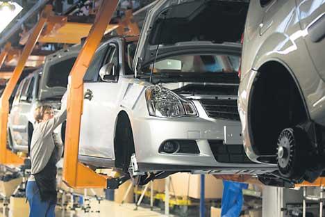 Renault und Nissan lassen ihre Fahrzeuge in Russland bei Avtovaz fertigen.