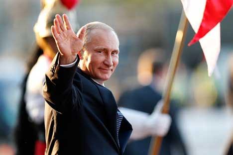 """""""Forbes""""-Experten betonen, dass das Vertrauen zu Putin auch innerhalb Russlands wachse."""
