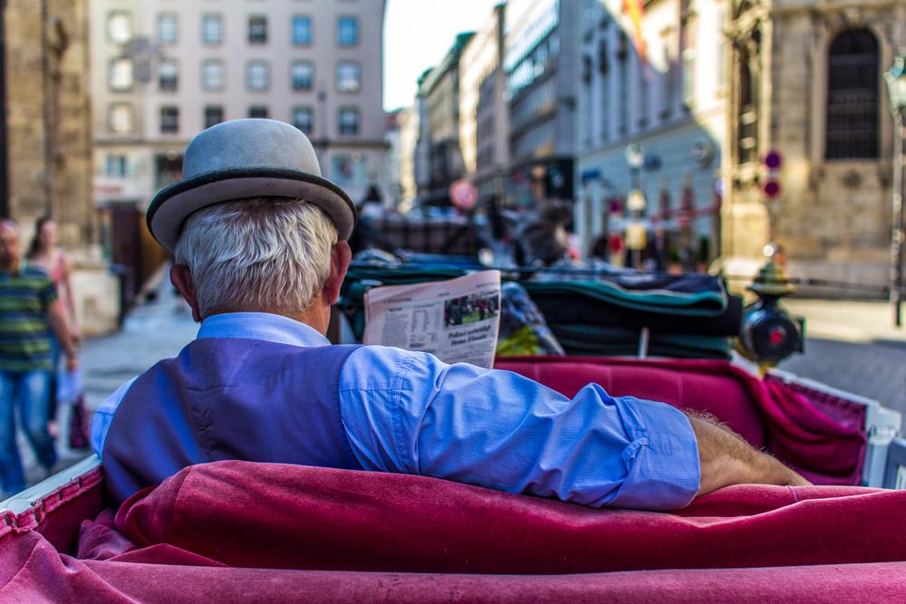 Mit einem Fiaker durch die Stadt zu fahren gehört zu einem absoluten Muss für jeden Touristen in Wien. Was steht auf Ihrer To-do-Liste für Moskau?