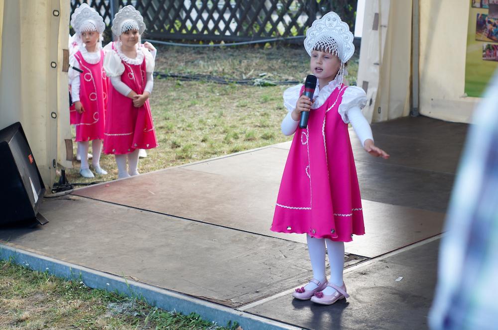 Auch die Kleinsten trugen zum Erfolg der diesjährigen Festtage bei. Foto: Dmitrij Vachedin