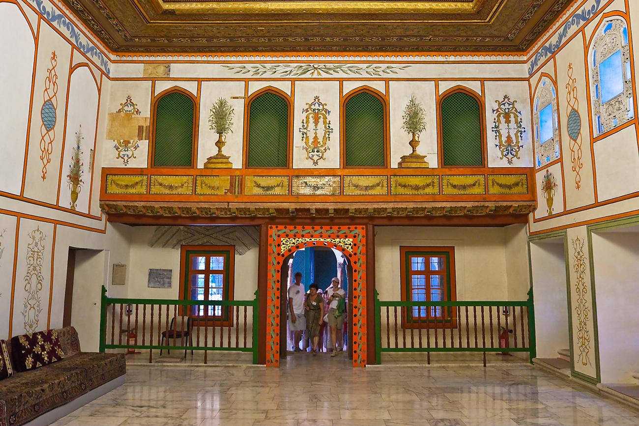 Im Diwansaal wurden die wichtigsten Angelegenheiten des Khanats behandelt. Foto: Lori/LegionMedia