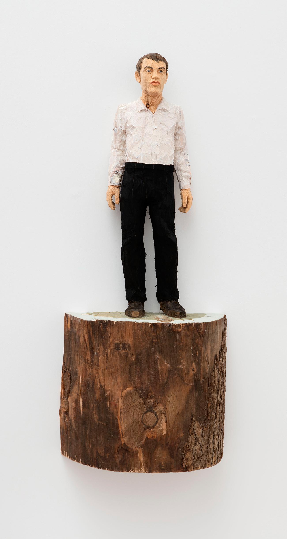 """Die Ausstellung von Balkenhol wird bereits das dritte deutsche Kunstprojekt sein, das in diesem Museum zu sehen ist. 2012 wurde eine Ausstellung Joseph Beuys """"Aufruf zur Alternative"""" gewidmet. Zwei Jahre später zeigte das Museum """"Die Wege der deutschen Kunst von 1949 bis heute""""."""