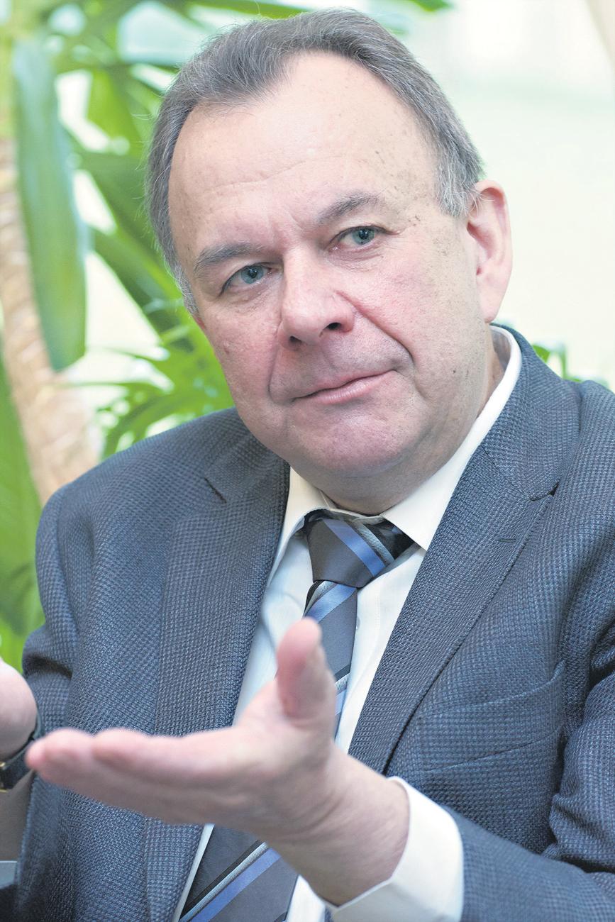 Wiktor Sorokin ist Berufsdiplomat. Er arbeitete im Kongo und in Frankreich, danach in Genf bei der ständigen UN-Vertretung.