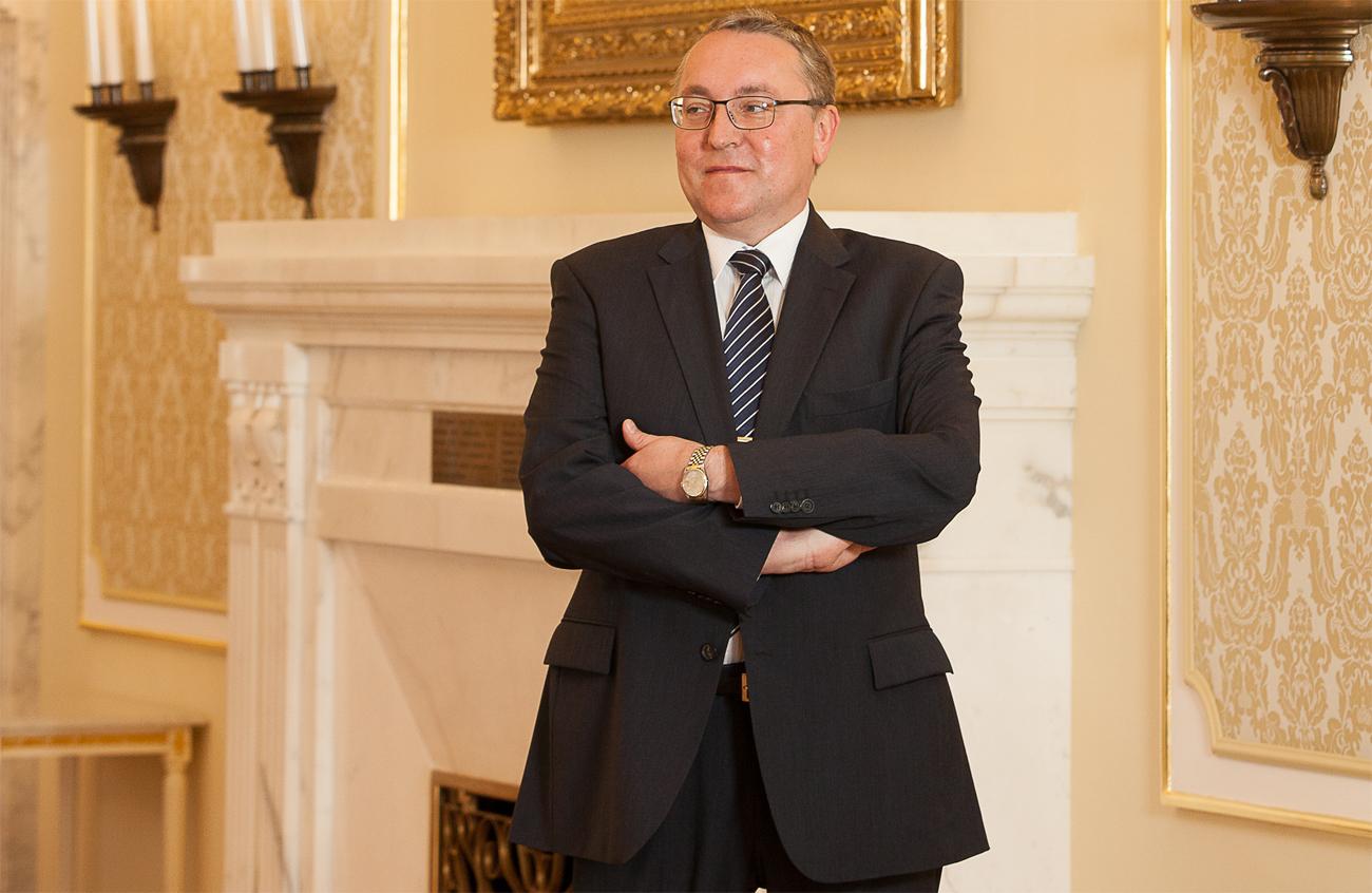 Der Botschafter Dmitrij Ljubinskij spricht über das kommende Tourismusjahr der beiden Länder.