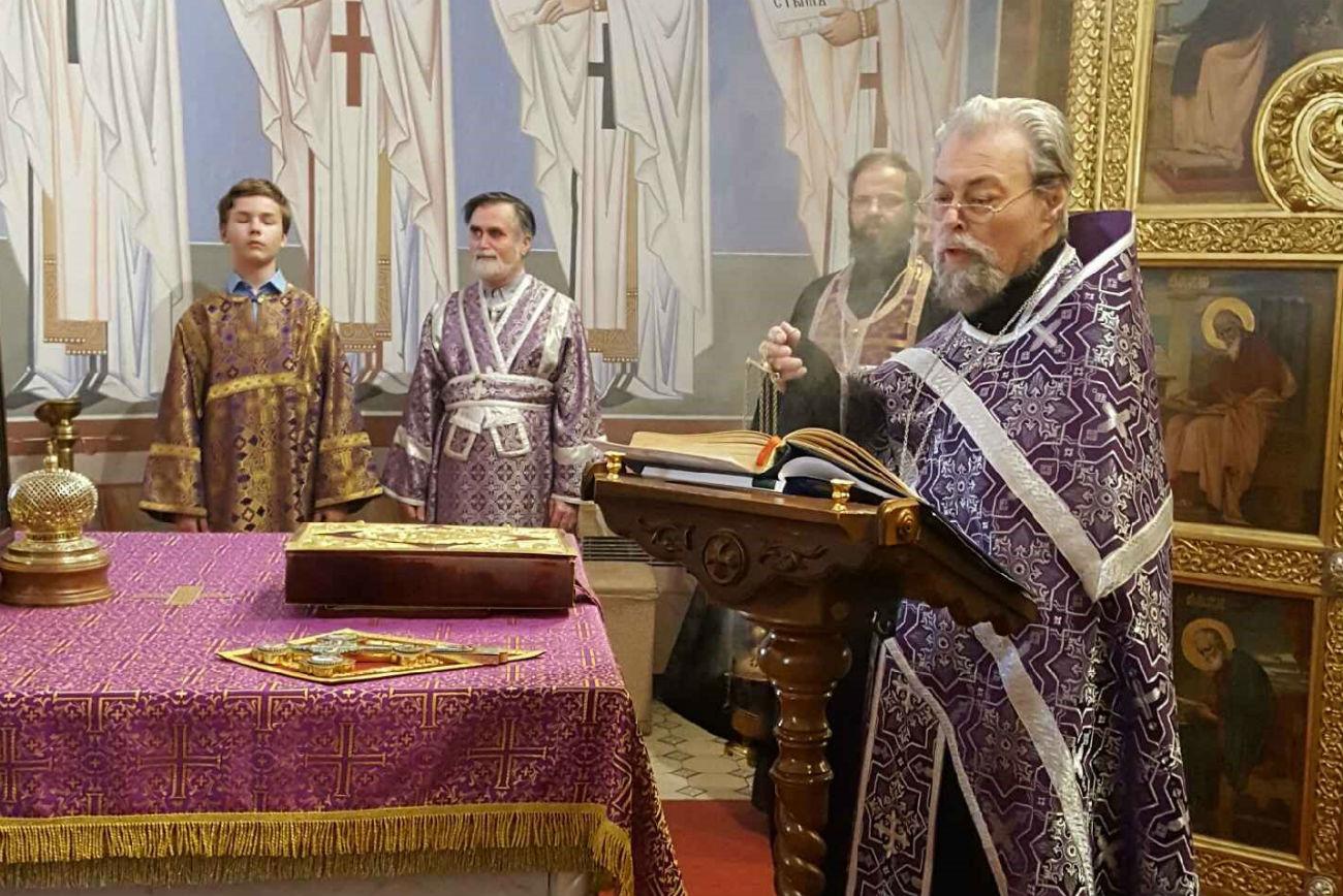 Johann Krammer (rechts) ist Priester der russisch-orthodoxen Kirche in Wien.