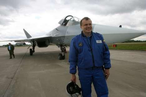 """Para Bogdan, não faltam elogios ao Su-35: """"Com ele, é possível fazer manobras que antes pareciam ser incríveis""""  Foto: ITAR-TASS"""