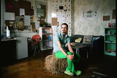 "From Moscow ""partier"" to missionary: Roman Sablin in his eco-loft near the Kremlin. Source: Ivan Afanasiev"