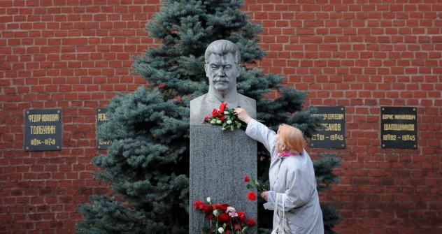 Some older communists still revere Stalin and use his image at their protests. Source: AFP / East News