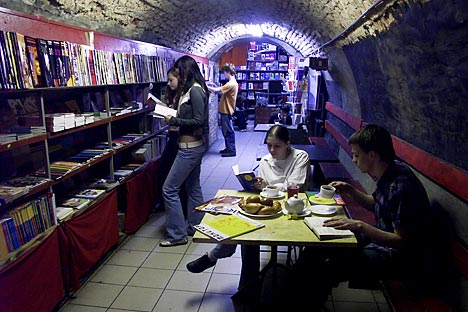 While indie booksellers are struggling in Moscow, they are spreading in the regions: in Penza, Smolensk, Novosibirsk, Voronezh, Vladivostok and other mid-sized cities. Source: RIA Novosti / Dmitry Korobeynikov