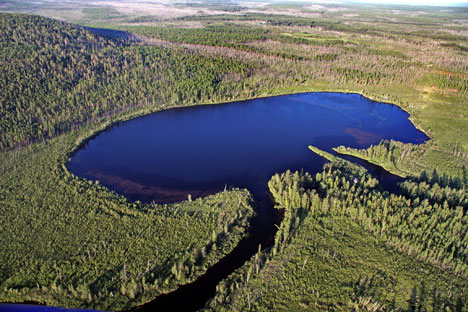 Lake Cheko in the Krashoyarsk Region. Source: Kommersant.ru