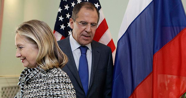 Russia's Foreign Minister Sergei Lavrov and his American counterpart Hillary Clinton. Source: AP