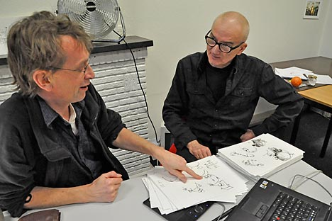 Russian prominent animator Igor Kovalyov (right) tutoring Sjaak Rood, a participant of the animation master class at The Netherlands Institute for Animation Film (NIAF). Source: NIAF / Press Photo