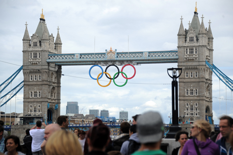 Tourist outlays in London during the Olympics have reached about $700 million, according to the Visa report. It says that Russians spent just $1.4 million on hotels during the first week of the Olympics. Source: RIA Novosti