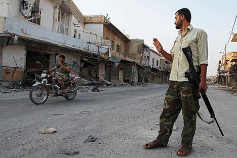 De acordo com as Nações Unidas, conflito sírio já vitimou 70 mil pessoas Foto: Reuters/Vostock Photo