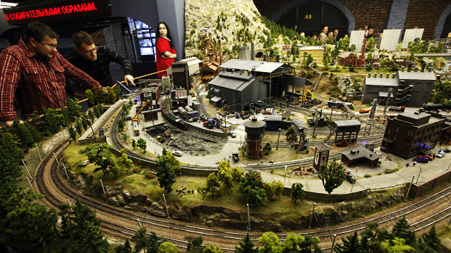 "Moscow is sorely lacking in organized recreational spaces, so there is a huge demand for this kind of product, experts say. Pictutred: The maket of the theme park, which will feature a ""Russia in miniature"" exhibit. Source: RIA Novosti / Alexey Danic"