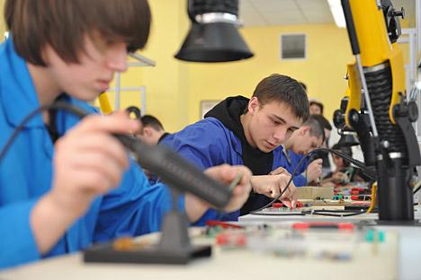 In Russland werden Arbeiter, Köche und Schlosser händeringend gesucht. Foto: ITAR-TASS