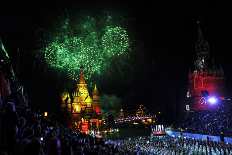 "Fireworks for City Day after the opening of the International Military Music Festival ""Spasskaya Bashnya"" on Red Square in Moscow. Source: RIAN."