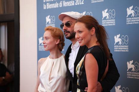 Kirill Serebrennikov (in the middle) with Franziska Petri, left, and Albina Dzhanabaeva. Source: Anna Casazza