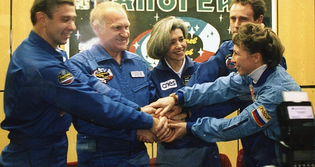 Russian-French Space team before the 2001 space flight to the International Space Station on the Soyuz-TM 33 space craft. Pictured (L-R): space pilots Konstantin Kozeev, Victor Afanasyev, Claudie Eniere, Sergei Zaletin and Nadezhda Kuzhelnaya. Source