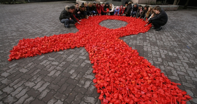 It has been 25 years since the first reported case of HIV in Russia, but there is no national strategy to fight the virus, according to advocates. Source: Reuters / Vostock Photo
